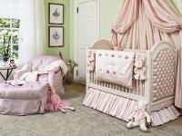 Какая мебель подходит в комнату для девочки