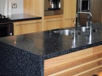 Изделия из искусственного камня на кухне