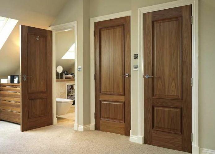 Почему лучше выбрать межкомнатные двери из массива